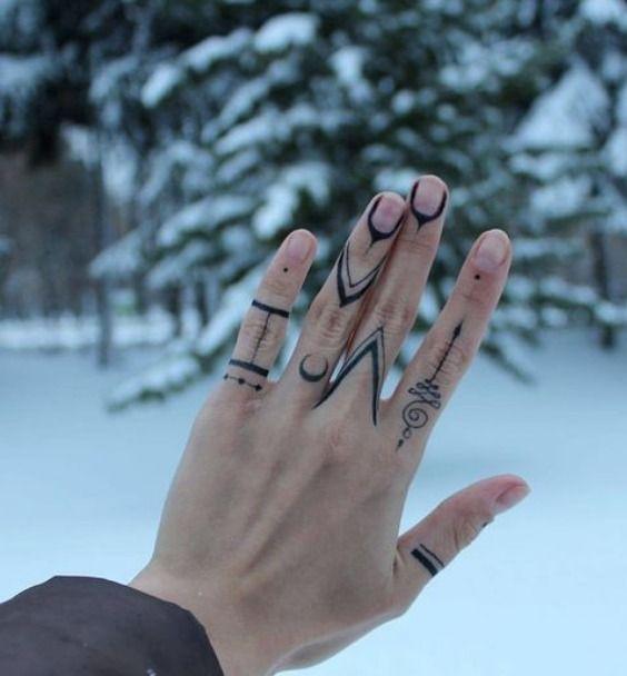 tattoo design on finger girl