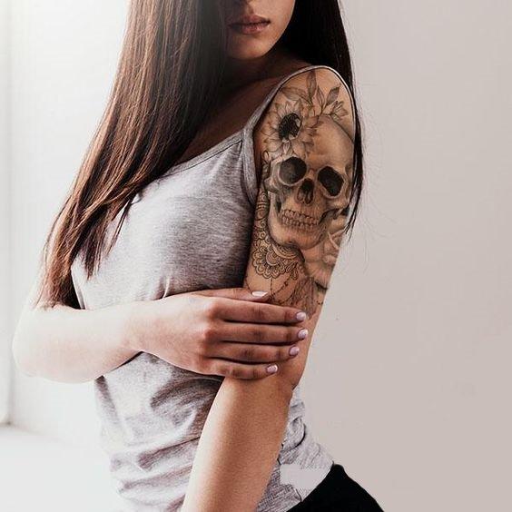 shoulder skull tattoo