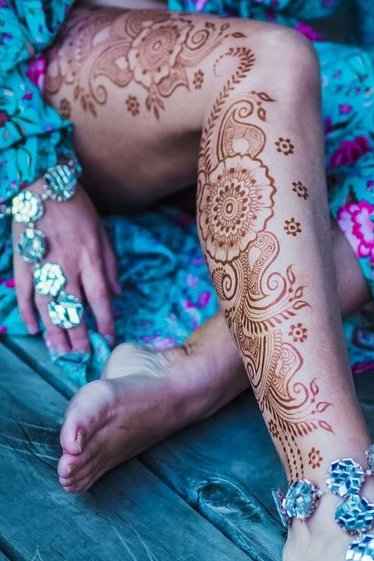 brown henna tattoo designs on legs