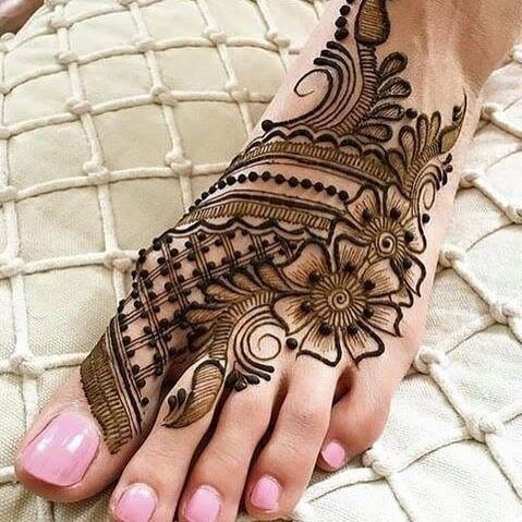 henna tattoo designs on foot