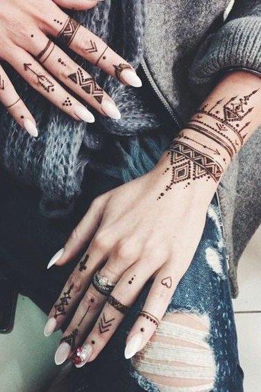 henna tattoo designs on hands