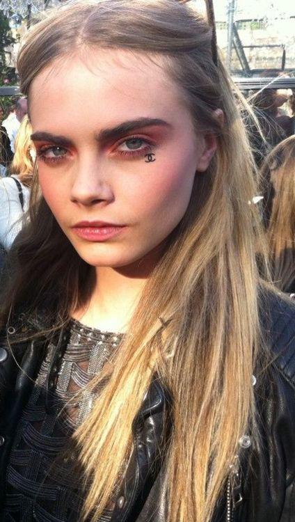 Cara Delevingne face tattoo